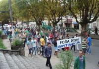 Manifestação reúne 60 pessoas em Campos do Jordão diz PM