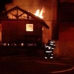 Incêndio na Antiga Sede da Defesa Civil de Campos do Jordão