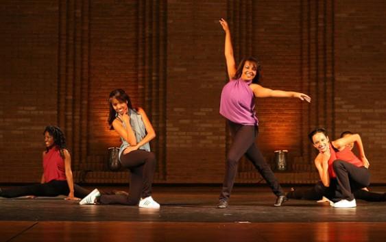 Grupo de Dança Expressão em Movimento se apresenta neste sábado em Campos do Jordão