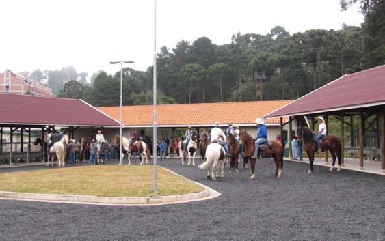 """Campos do Jordão inaugura Centro de Turismo Equestre """"José Macaco"""""""