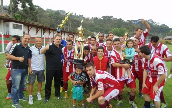 A equipe Guarda vence o Campeonato de Futebol em Campos do Jordão