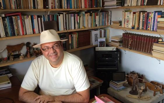 Bibliotecas de Campos do Jordão: Livros gerando livros na biblioteca de Benilson Toniolo