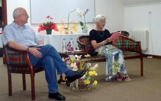 AMECampos homenageia Maria José Ávila – a Professora Zezé. Confira as fotos do Evento