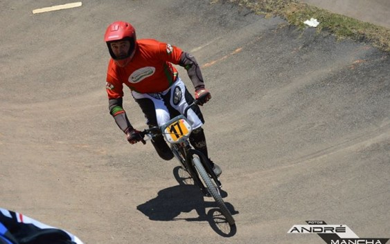 Bicicross de Campos do Jordão vai a semi-final do Paulista de 2015