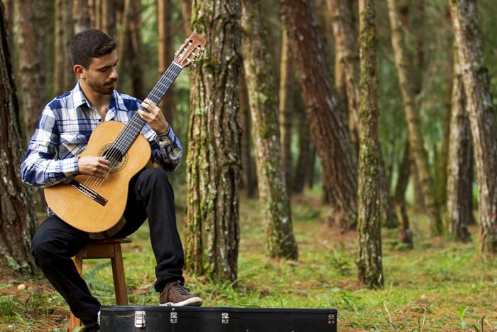 Lucas Felix, violonista.