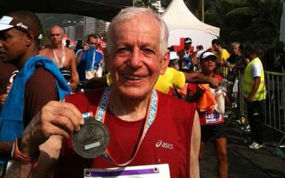 Chora a gastronomia de Campos do Jordão. Faleceu Oswaldo Silveira, o maître maratonista. Saiba um pouco sobre a sua trajetória.