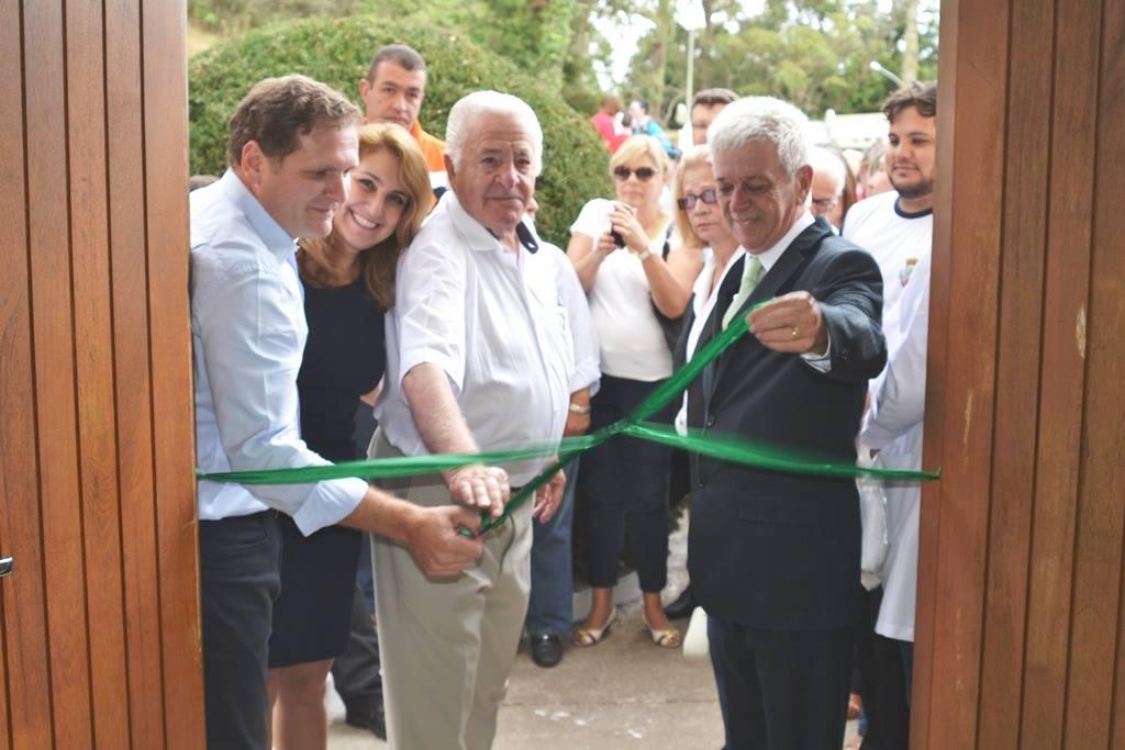Descerramento da faixa inaugural do Hospital Municipal de Campos do Jordão.