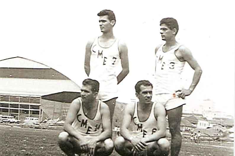 27o Jogos Interior-São José do Rio Preto,1962- Esquerda para direita: agachados - Paulo Antenor de Souza e Benedito Rovida, de pé - Nelson Ladeira e Sivio Pereira Moysés.