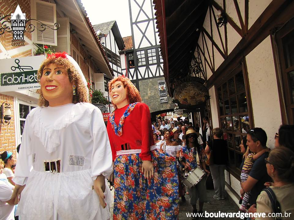 Bonecos Gigantes que darão o ar da graça no Carnaval de Campos do Jordão