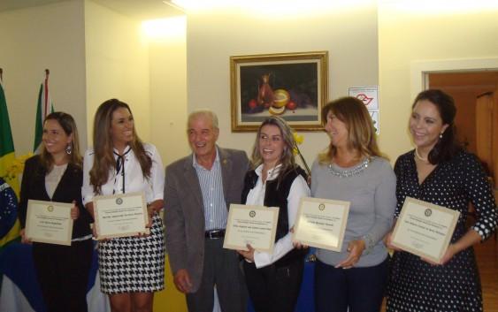 Em Campos do Jordão, Rotary homenageia mulheres empreendedoras. É o premio Emma Hildinger!