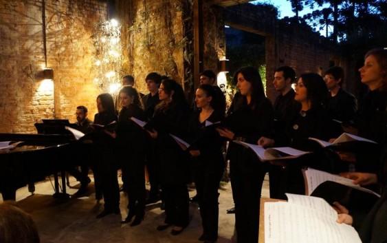 AMECampos realiza apresentação de coral neste sábado no Hotel Toriba