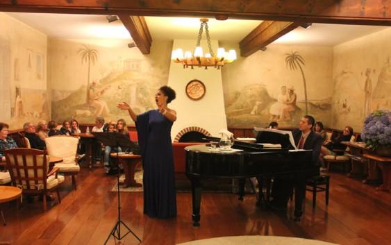 Hotel Toriba terá recital de Árias de Ópera no próximo sábado