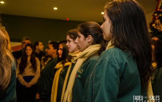Escola Dora Lygia recebe coral de meninas na comemoração do Dia Internacional da Mulher