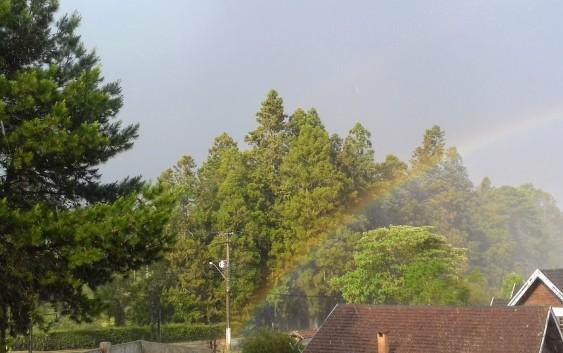 Rápida e de intensidade moderada, mas ela veio! A tão esperada chuva!