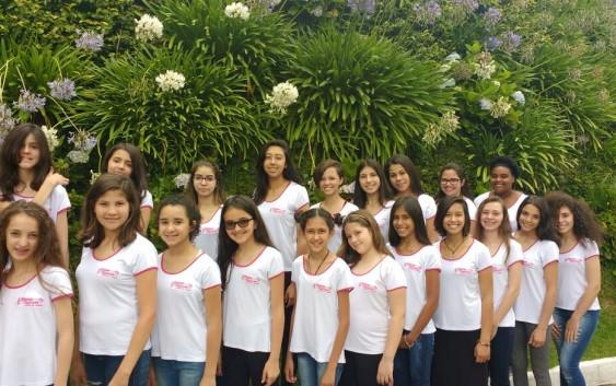 Coral das Meninas Cantoras de Campos do Jordão apresentará Cantata Especial de Natal