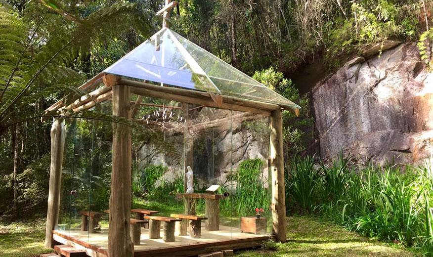 capela na trilha do Toriba