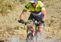 Piloto jordanense vai pedalar 24 horas para arrecadar recursos e participar de competição