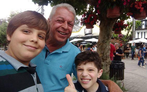 """""""Jovem, vai uma queijadinha? Experimenta!"""" morreu Nelson Galvani, um ícone de Campos do Jordão"""