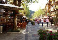 Restaurantes seguem funcionando com delivery e drive thru, mas Campos do Jordão fechará escritórios e galerias no final de semana.