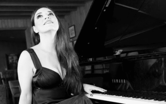 Soprano Adriana Bernardes é a atração do Toriba Musical no próximo Sábado 13 de junho