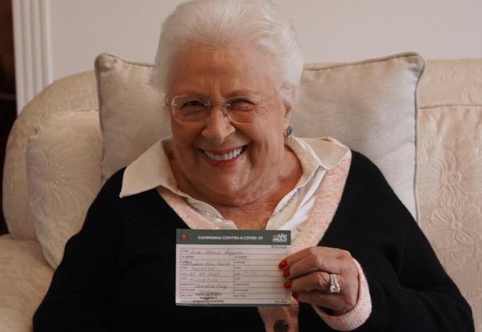 Começa-a-vacinação-dos-idosos-com-mais-de-80-anos-–-Boletim-Coronavírus